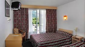 Chambre hotel Sainte-Suzanne Lourdes