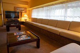 hotel-sainte-suzanne-lourdes-SALON-TV