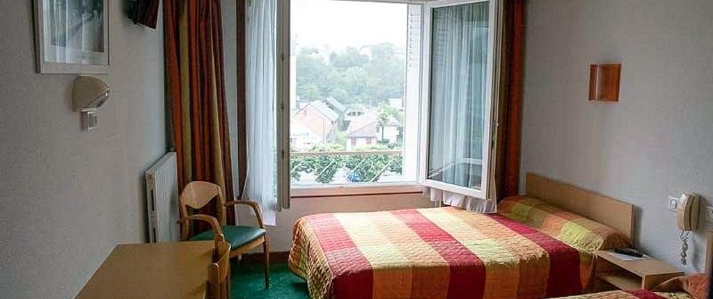 Hotel Lourdes proche sanctuaires - chambre Hotel Sainte Suzanne